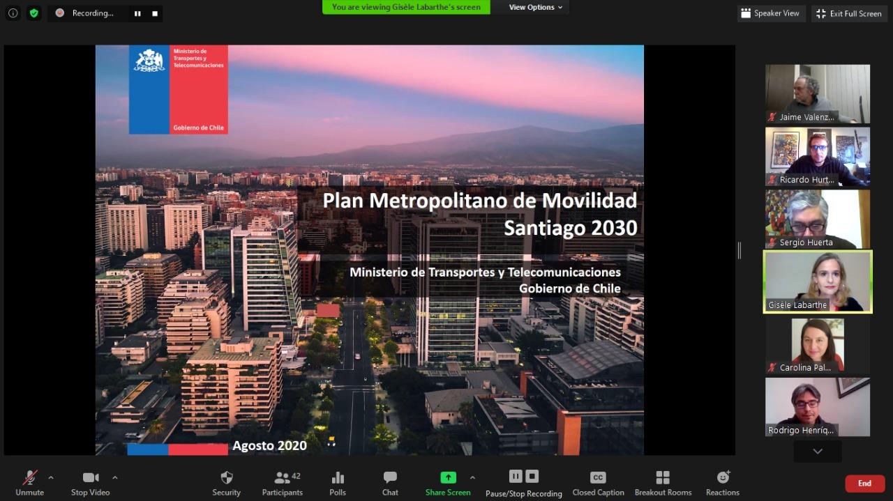 """Presentación del  """"Plan Metropolitano de Movilidad Santiago 2030"""" a los socios/as de SOCHITRAN"""